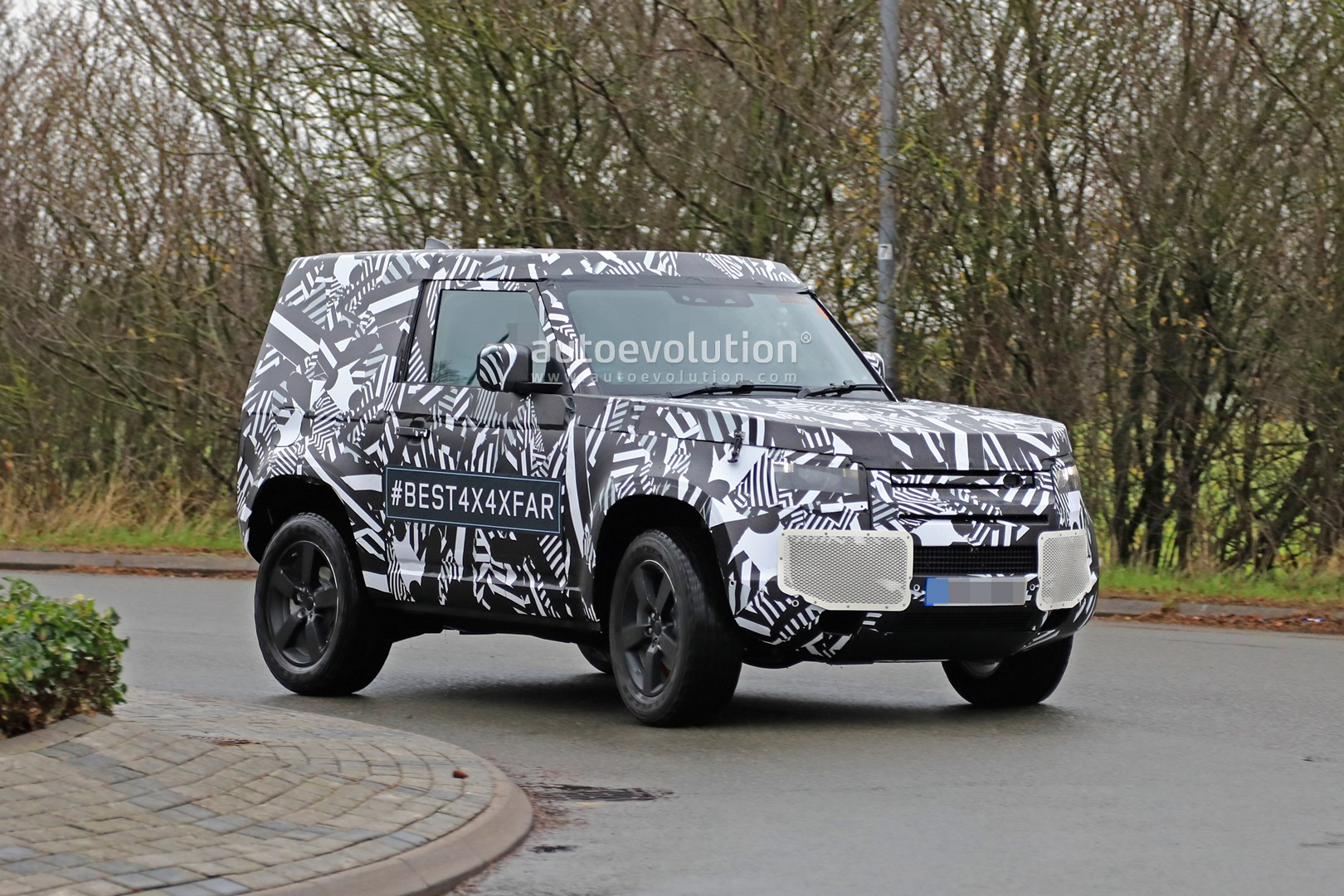 2020 Land Rover Defender 90 Has Short Wheelbase And Three