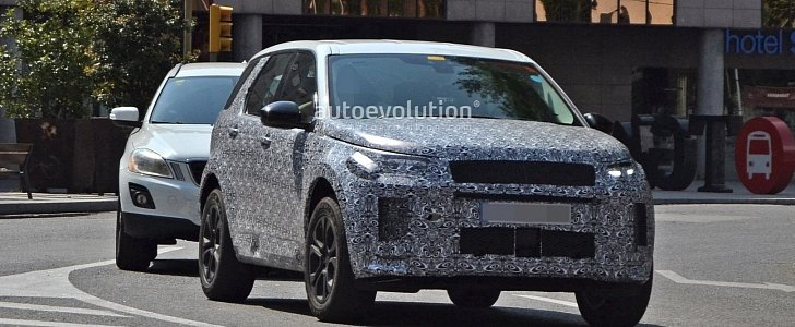 2020 Land Rover Discovery Sport Scooped With New Design