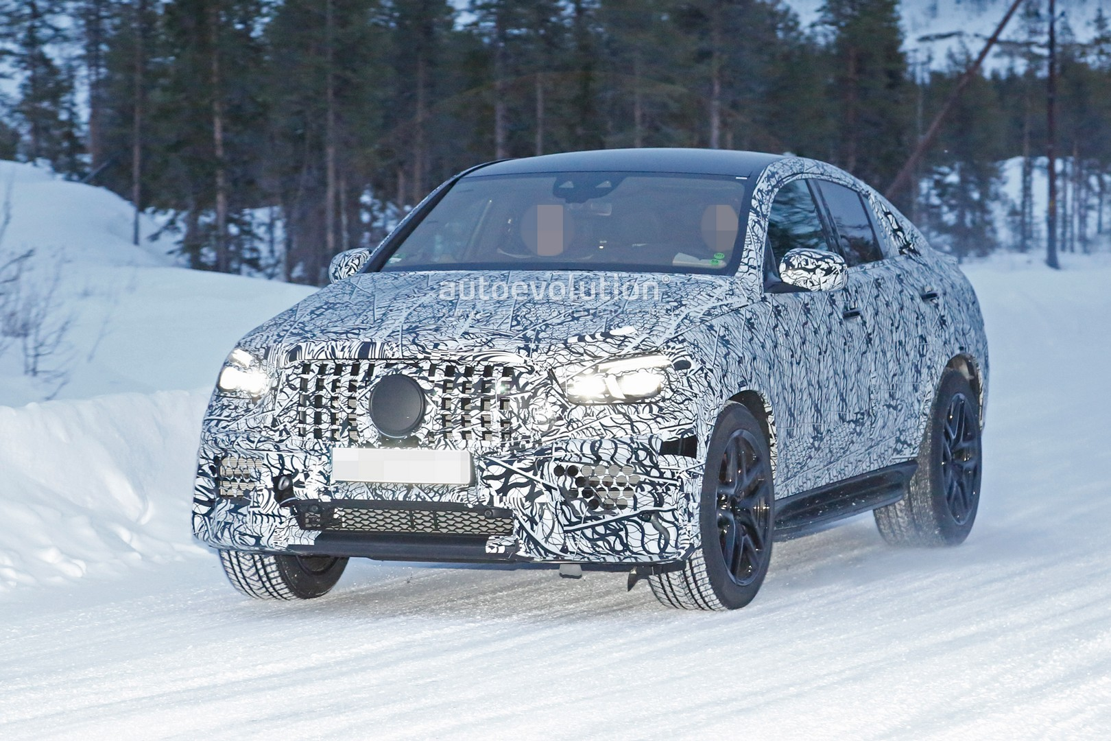 2020 Mercedes Amg Gle 63 Coupe Spied Undergoing Winter