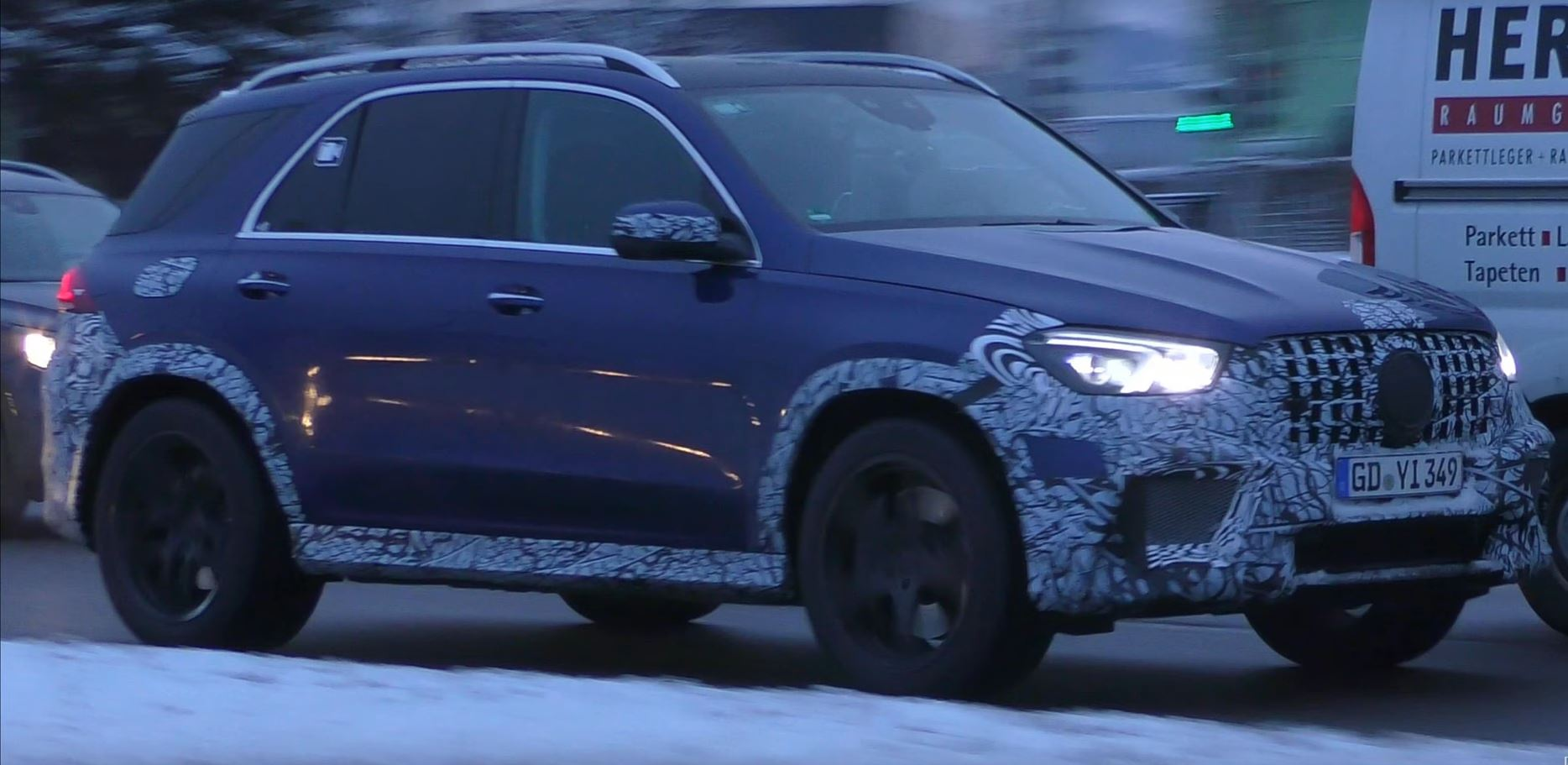 2020 Mercedes Amg Gle 63 S Looks Mature In Blue Autoevolution