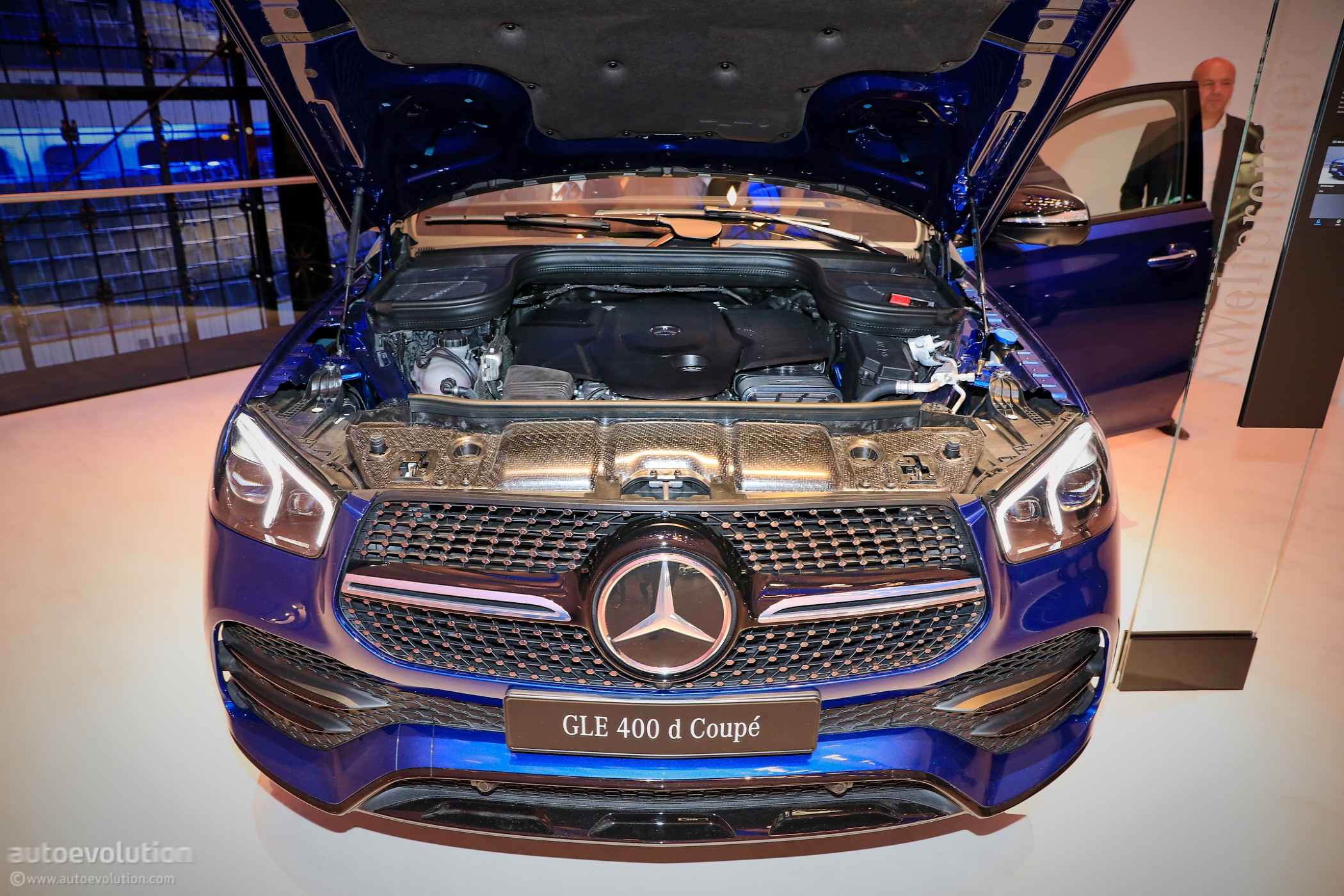 Frankfurt Auto Show 2020.2020 Mercedes Benz Gle Coupe Flaunts 400 D Specification In