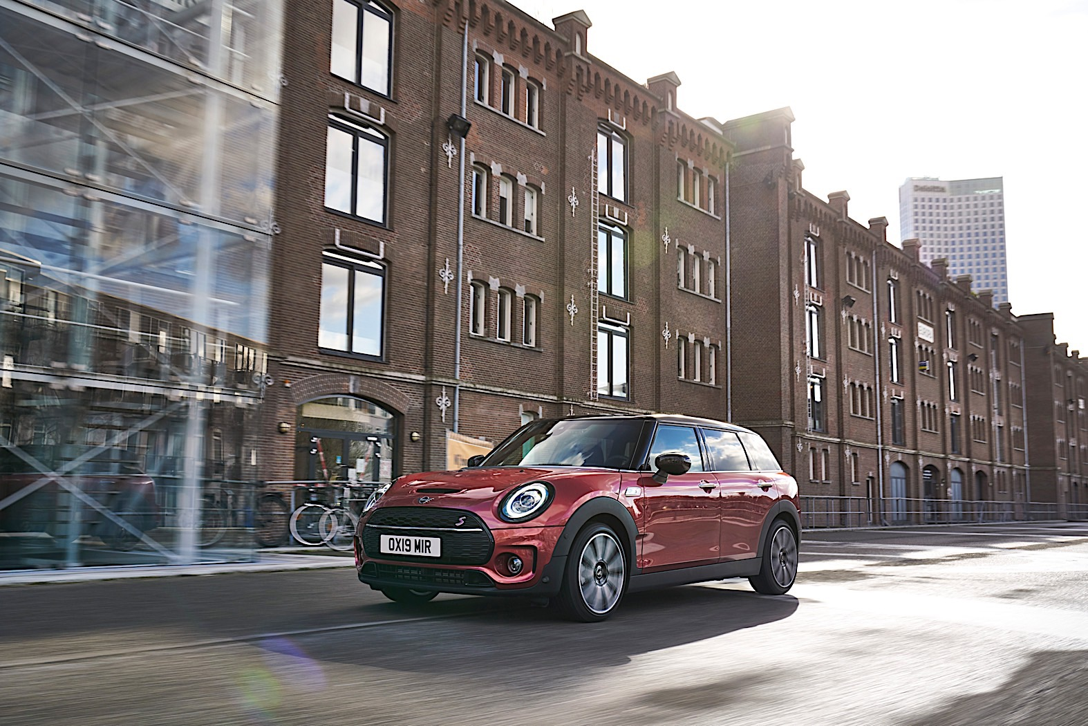 2020 Mini Clubman Facelift Revealed With Exterior And Interior