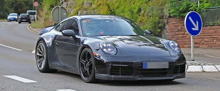 2020 Porsche 911 GT3 Shows Up in Traffic, Naturally Aspirated Engine Rumors Grow - autoevolution