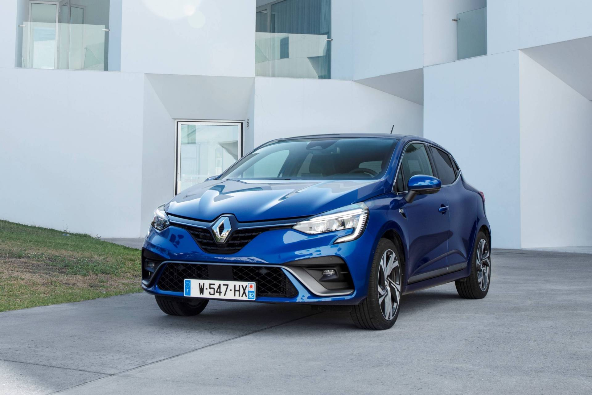 2020 Renault Clio Rs Line Shines In New Photos Is Worth 21 400 Autoevolution
