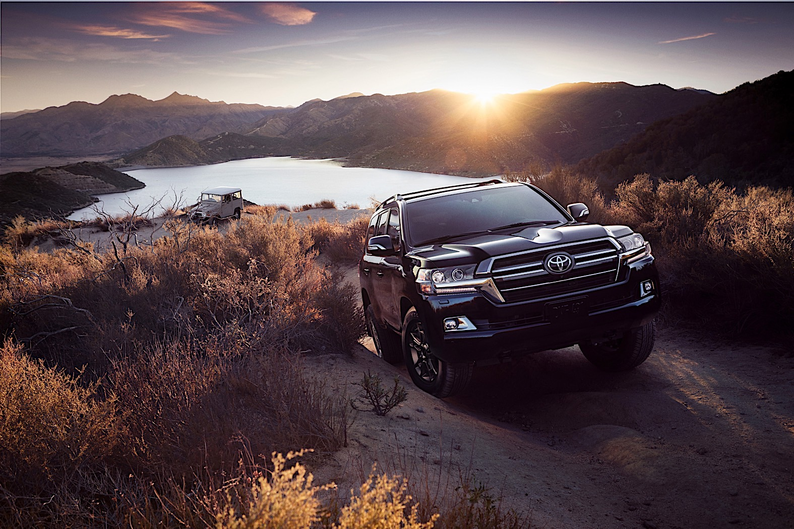 Toyota Land Cruiser Heritage Edition debuts before Chicago Auto Show