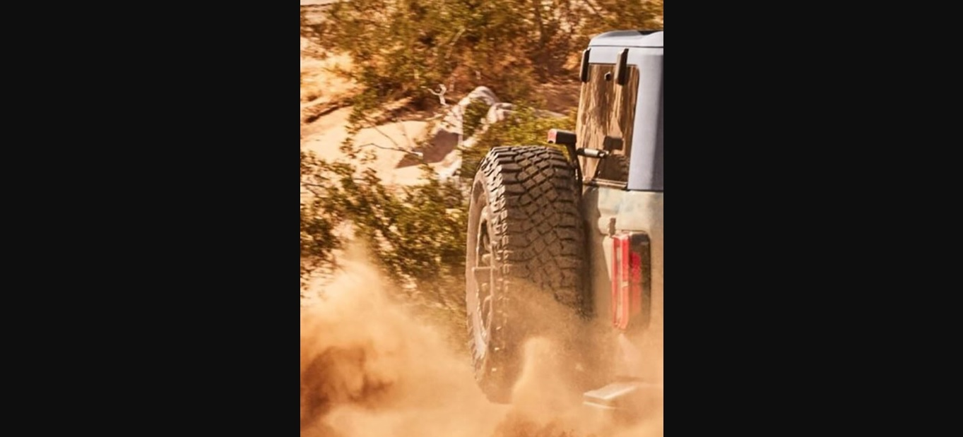 bronco 2021 ford tailgate territory goodyear wrangler tire revealed autoevolution teased