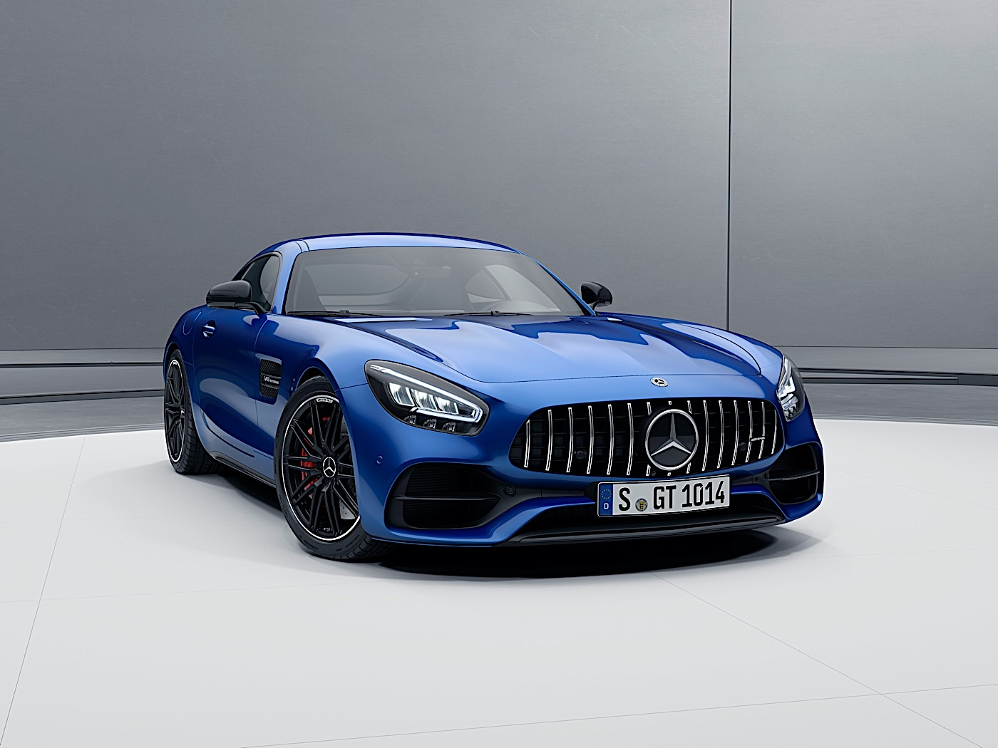2021 Mercedes-AMG GT Coupe and Roadster Get a Power Boost ...