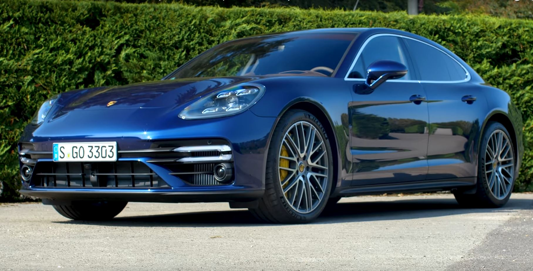 2021 porsche panamera turbo s does 060 mph in 33 seconds