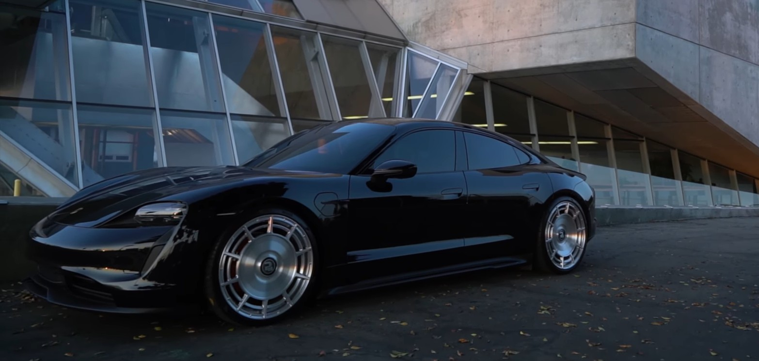 photo of 2021 Porsche Taycan 4S Becomes Retro Spaceship With Help From Custom 22-Inchers image