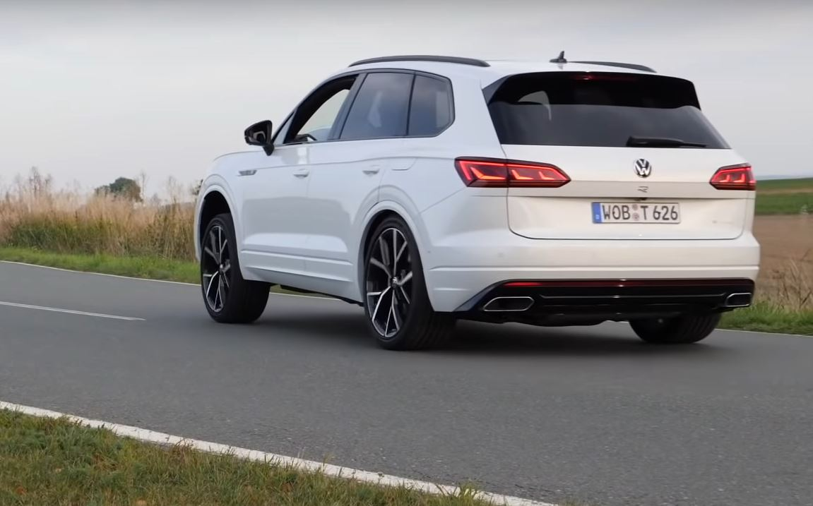 2021 Touareg R Acceleration Test Shows One Fast Volkswagen ...