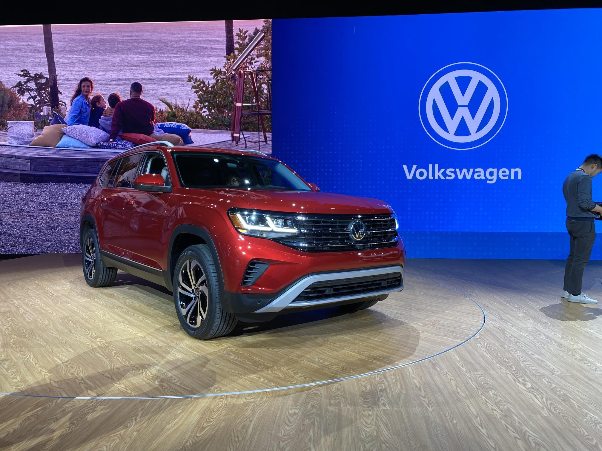 2021 volkswagen atlas refresh revealed looks like atlas