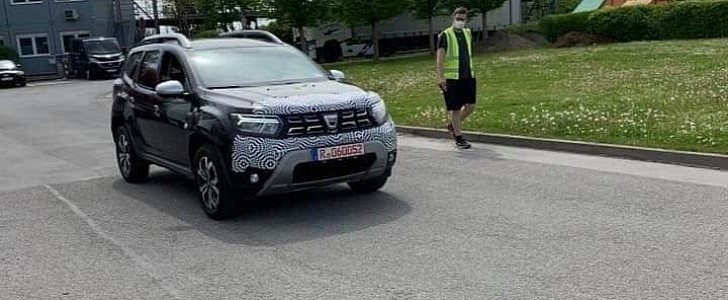 2022 Dacia Duster Facelift Will Debut on June 22nd With 8.0-inch Touchscreen