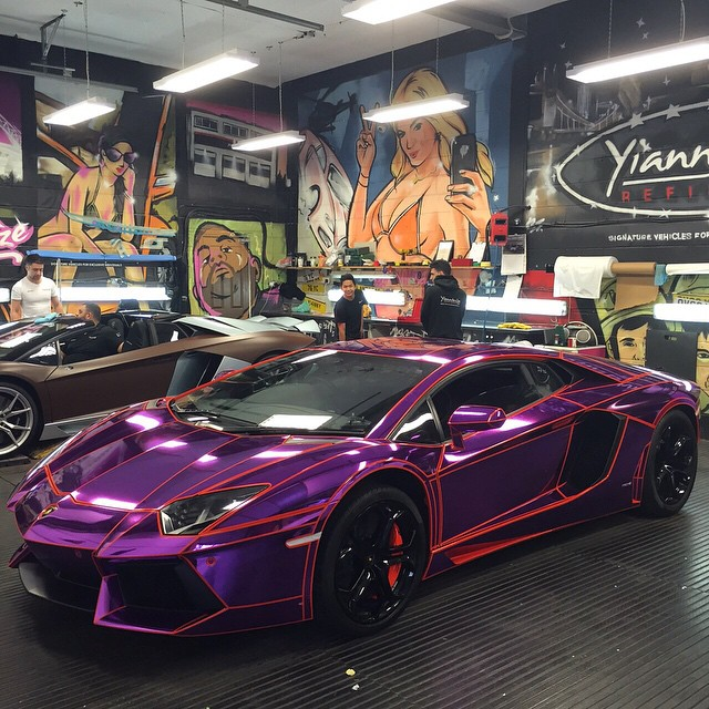 21 Year Old Youtuber S Lamborghini Aventador Gets Tron Legacy Look