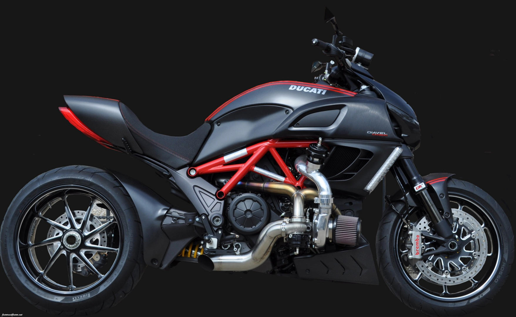 Ducati Diavel Garret Turbo Kit