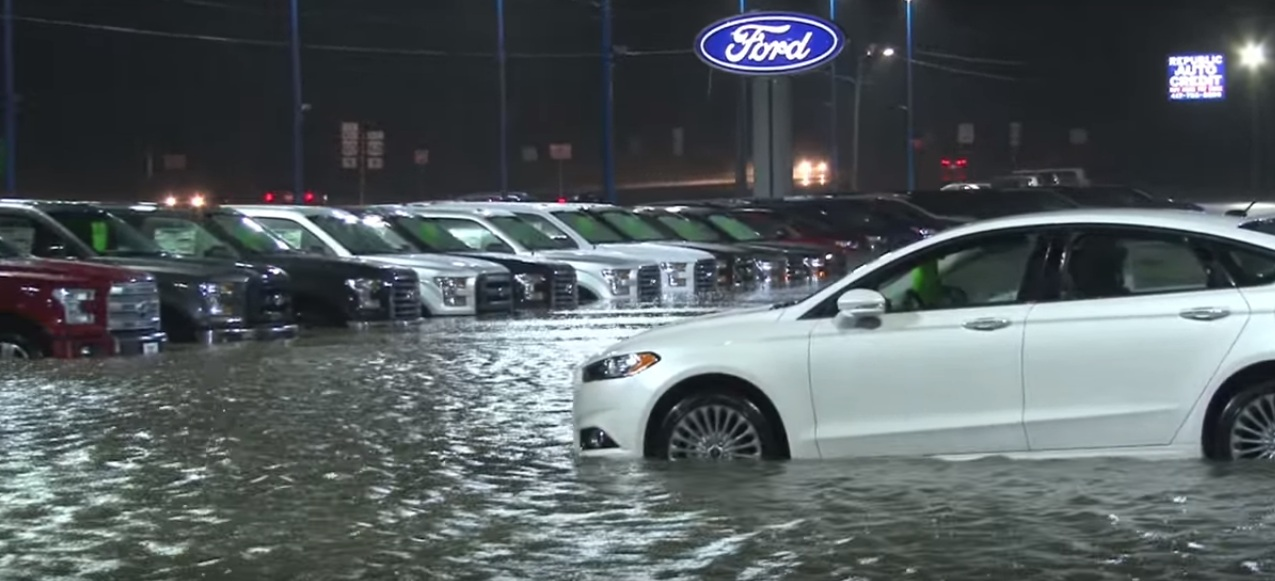 Flood Destroying Over 100 Cars At Missouri Ford Dealership