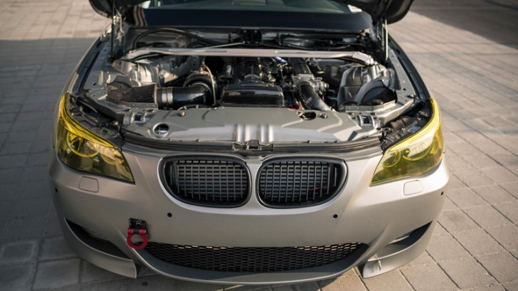 2JZ-Hugger BMW M5 [Photo Gallery]