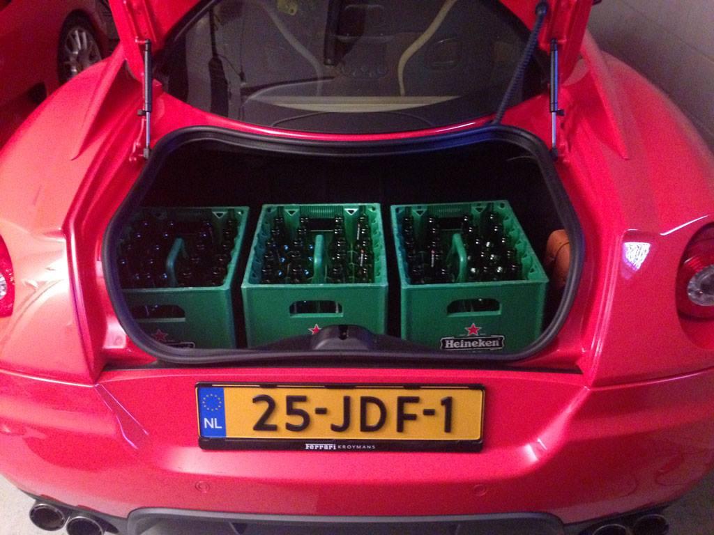 Cost U Less >> 3 Cases of Heineken Beer in a Dutch Ferrari 599 - autoevolution