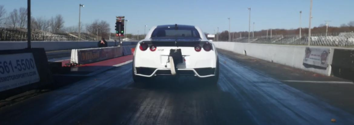 3000 hp nissan gt r brings 1 4 mile world record back to us amazing pass autoz. Black Bedroom Furniture Sets. Home Design Ideas