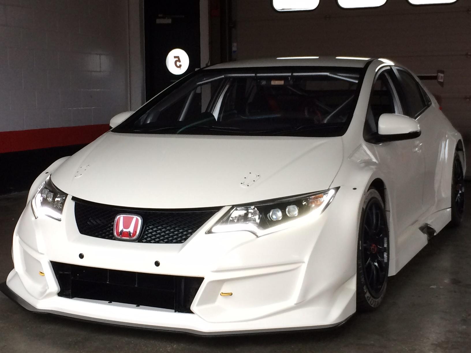 355 hp honda civic type r will race for the 2015 btcc for Honda type r horsepower