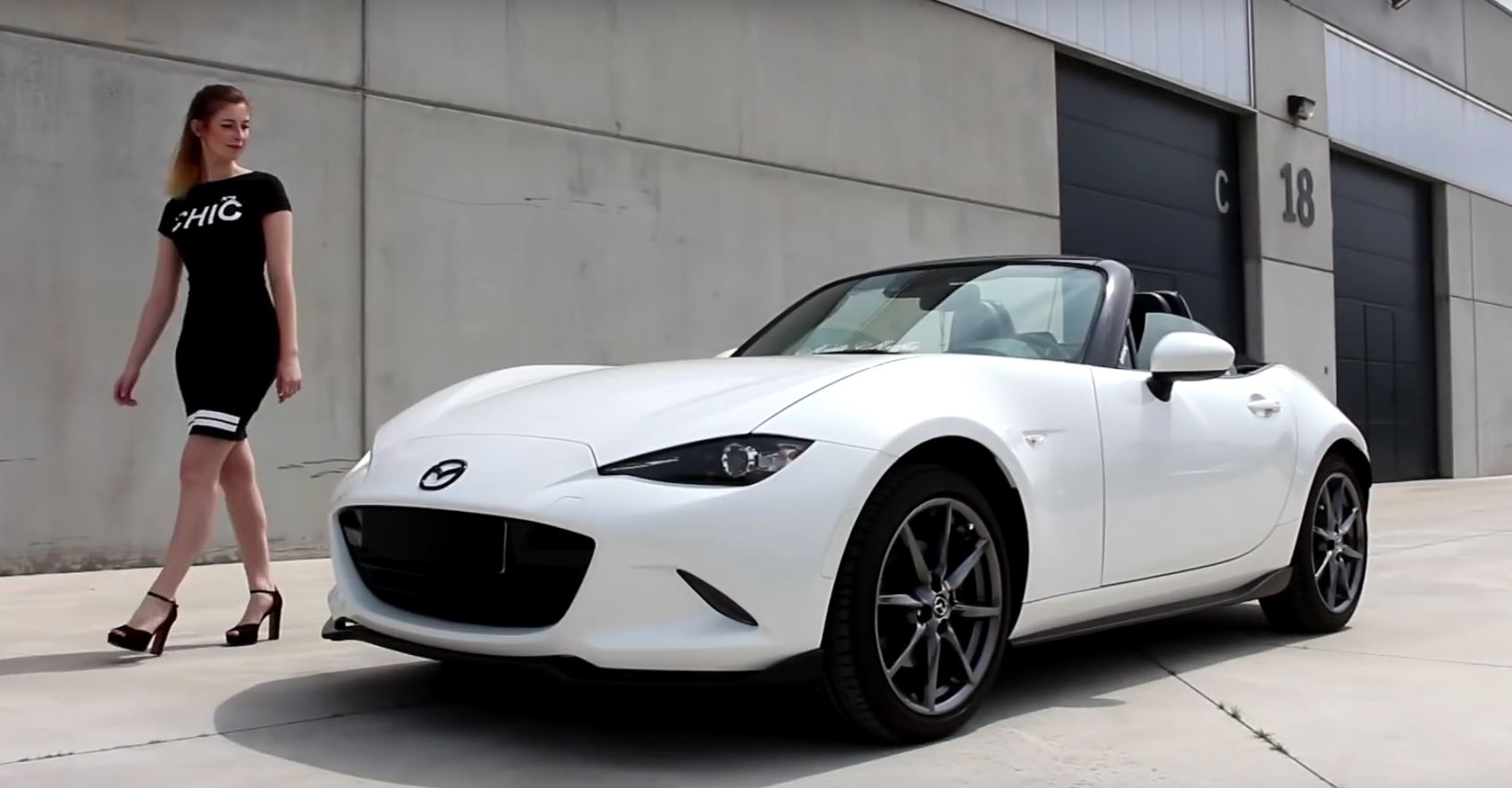 5 things i hate about the new mx 5 as reported by an owner autoevolution. Black Bedroom Furniture Sets. Home Design Ideas