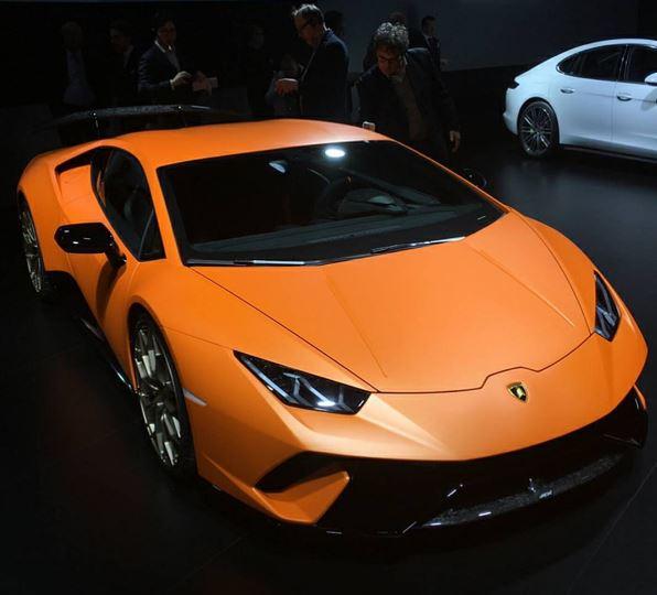 Lamborghini Huracan: 640 HP Lamborghini Huracan Performante Looks Big-Chinned