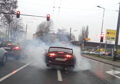 700 HP Toyota Supra Doing a Casual Burnout [Video]