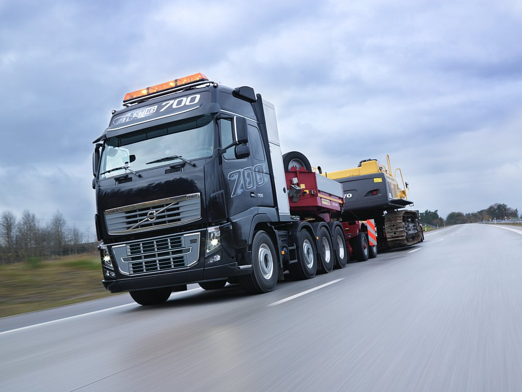 700 hp volvo fh16 the world 39 s most powerful truck autoevolution. Black Bedroom Furniture Sets. Home Design Ideas