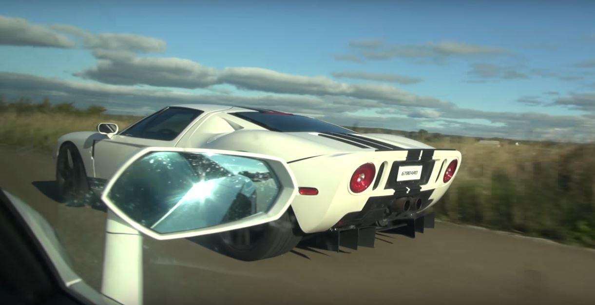 800 hp ford gt vs lamborghini aventador drag race is a taste of things to come autoevolution. Black Bedroom Furniture Sets. Home Design Ideas