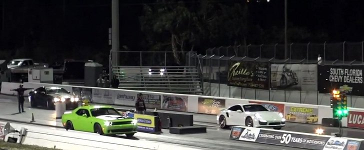 Quarter Mile Calculator >> 850 HP Challenger Hellcat Drag Races Tuned Porsche 911 Turbo S with Oil on Track - autoevolution