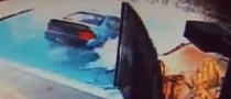 86YO Woman Drives Her Car into Swimming Pool [Video]