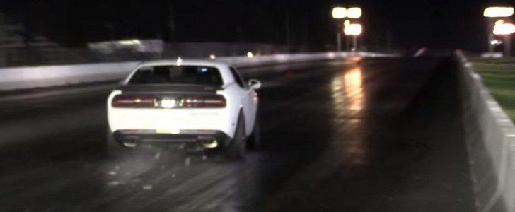 900 Hp Dodge Challenger Hellcat Blows Its Carbon Fiber