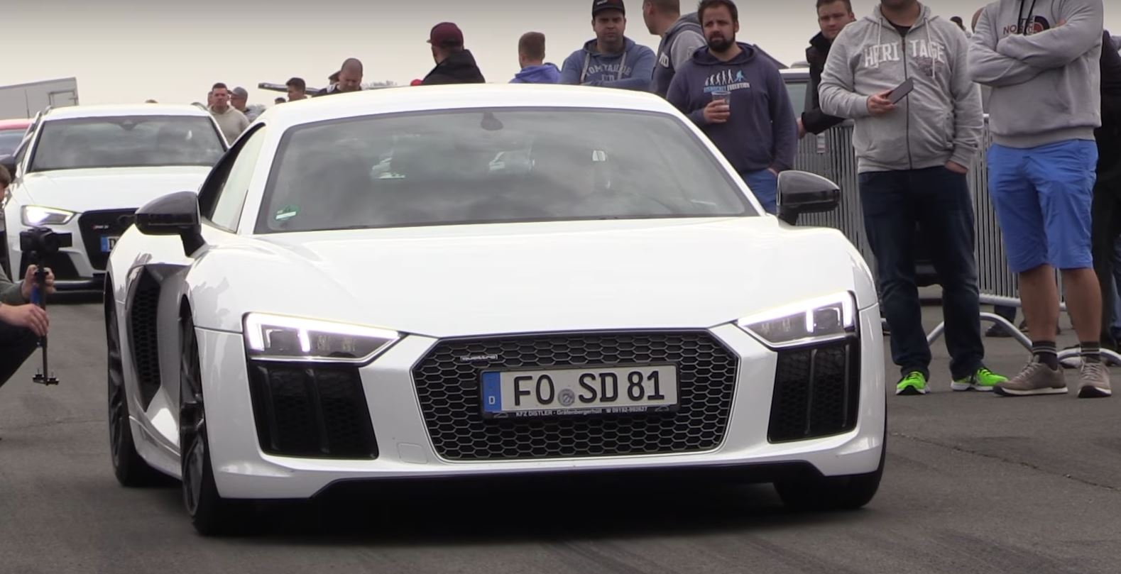 900 hp twin turbo audi r8 is lightning fast and brutally loud autoevolution. Black Bedroom Furniture Sets. Home Design Ideas