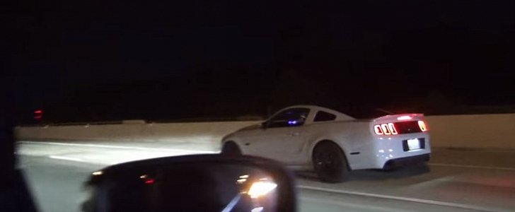950 Hp Charger Hellcat Drag Races 800 Hp Coyote Mustang In