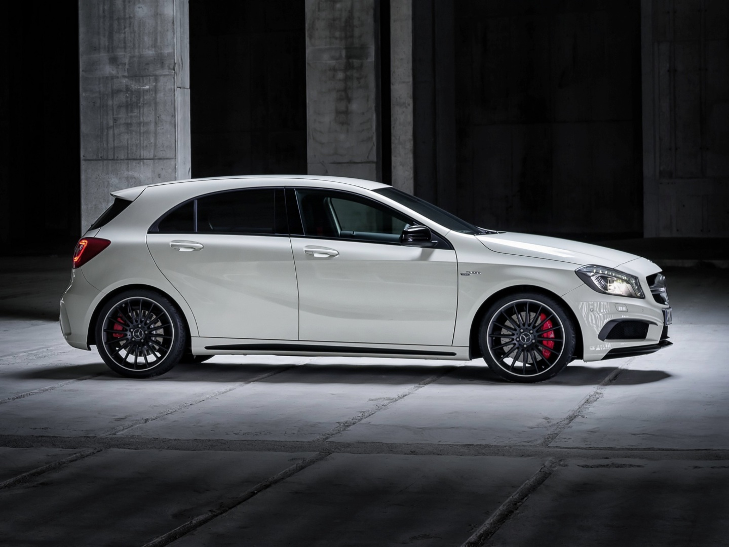 A 45 Cla 45 And Gla 45 Amg Get 400 Hp From Eurocharged Autoevolution