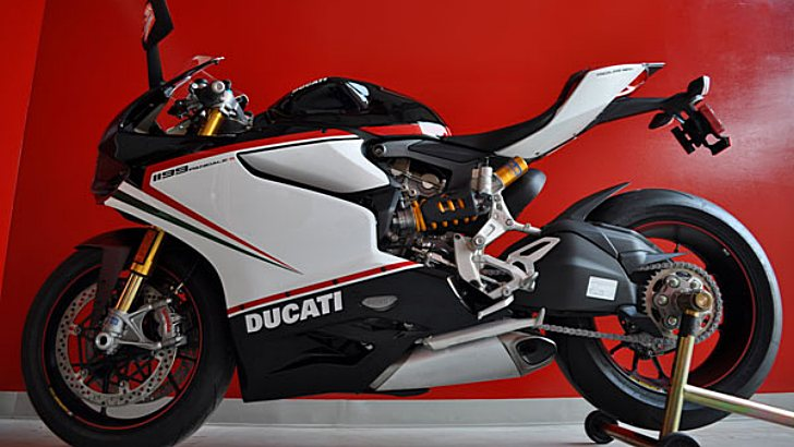 A Black Tricolore Ducati 1199 Panigale S? Yes, please! [Photo Gallery]