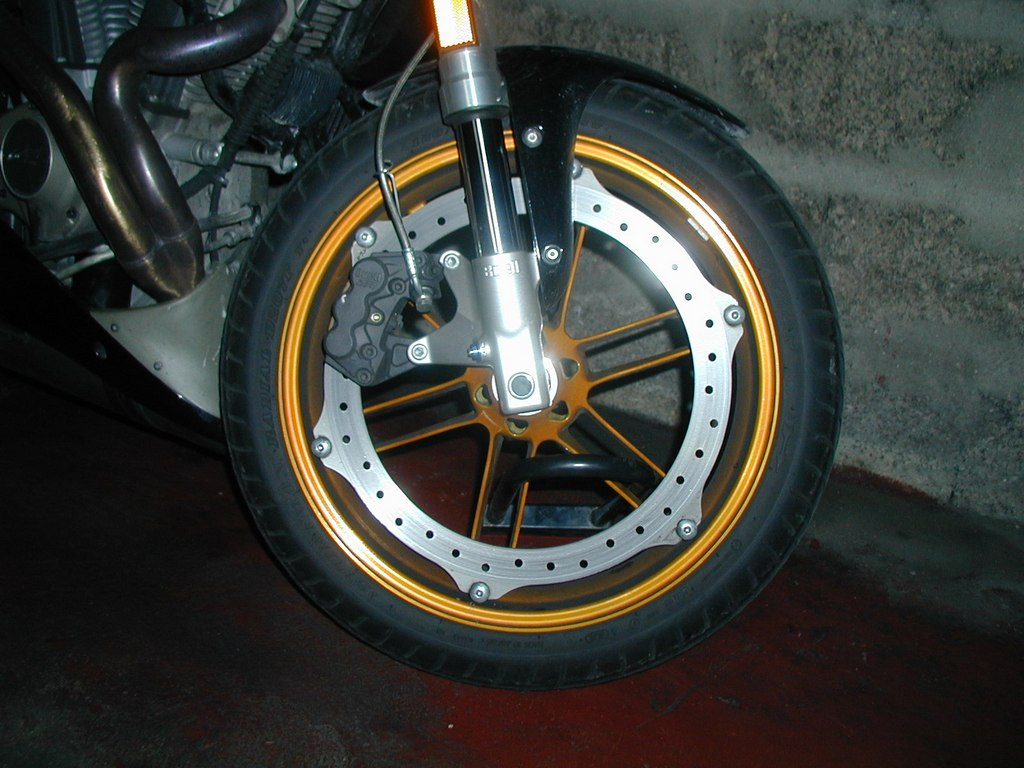Communication on this topic: How to Balance a Motorcycle Tire, how-to-balance-a-motorcycle-tire/