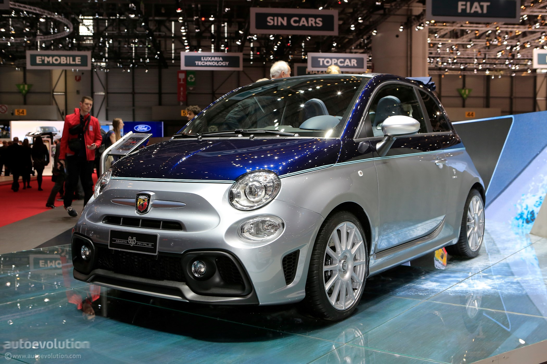 collezione arbath photos shines news brighter abarth than fiat geneva in rivale