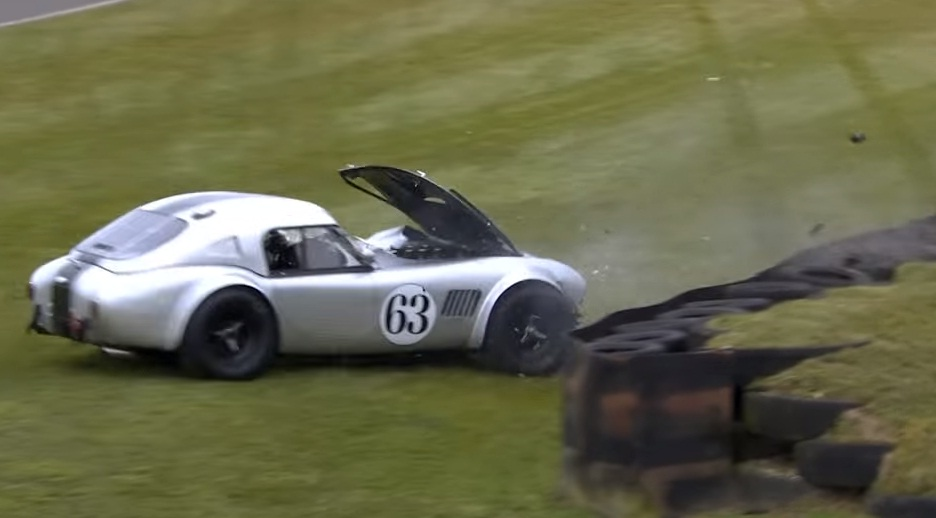 Ac cobra crashes at goodwood footage is extremely painful updated autoevolution