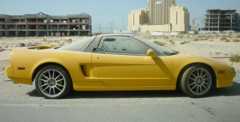 Acura NSX Abandoned In Dubai To Be Sold For Spare Parts