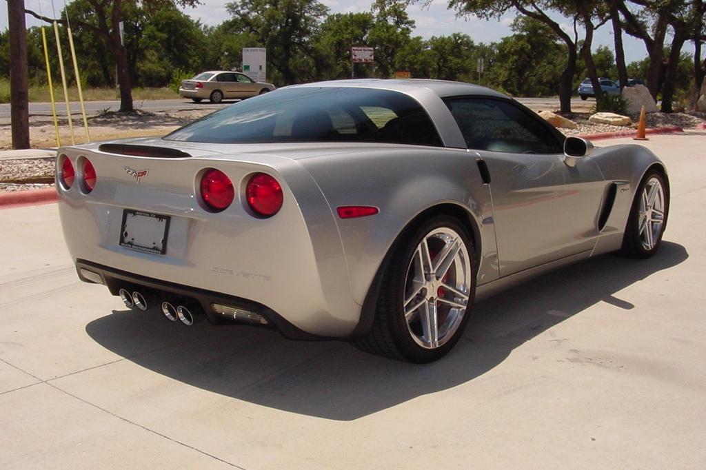 adrien brody 39 s corvette for sale on ebay autoevolution. Black Bedroom Furniture Sets. Home Design Ideas