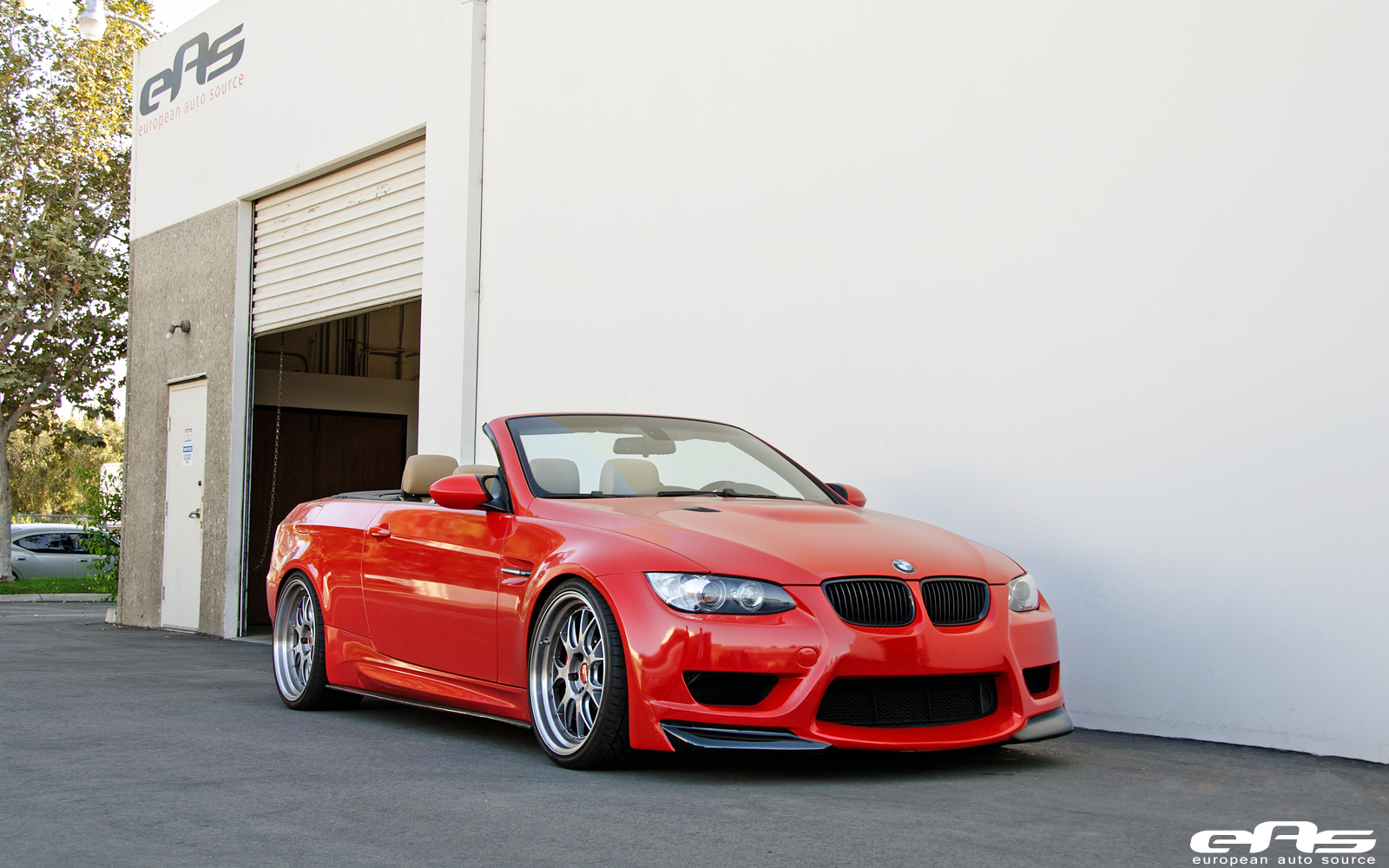 aggressive bmw e93 m3 is perfect for the end of the summer