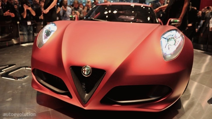 Alfa Romeo 4C Coming in 2013, to Be Priced at EUR45,000