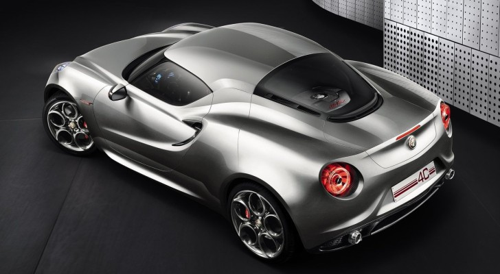 Alfa Romeo 4C Delayed to 2014