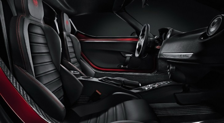 Alfa Romeo 4C Interior Revealed Ahead of Geneva