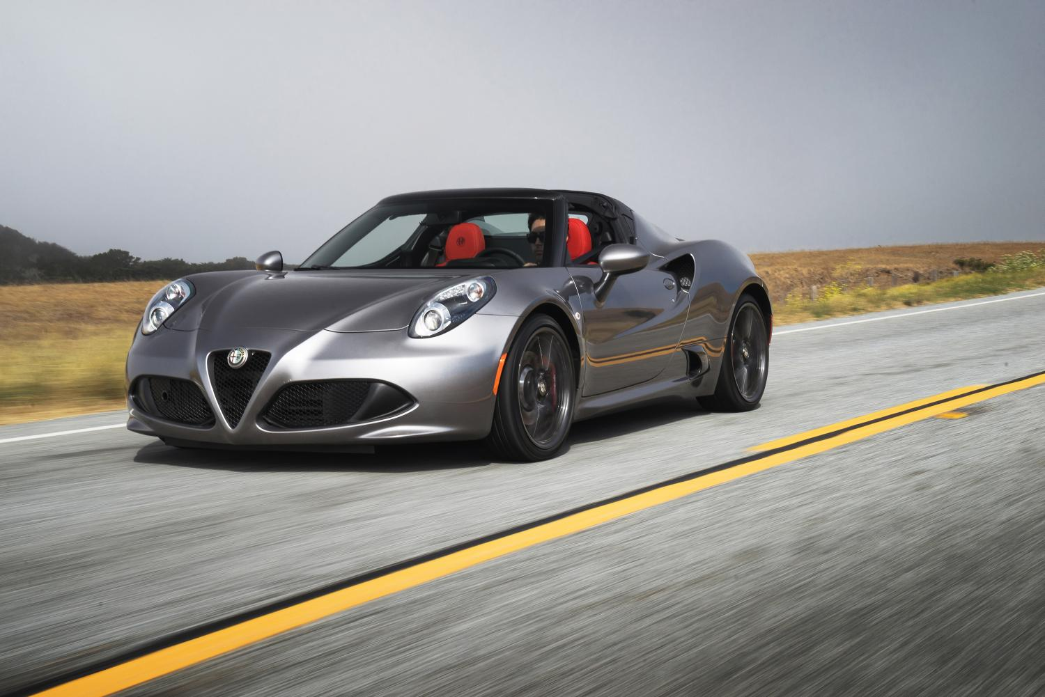 alfa romeo 4c and 4c spider get more trim and. Black Bedroom Furniture Sets. Home Design Ideas