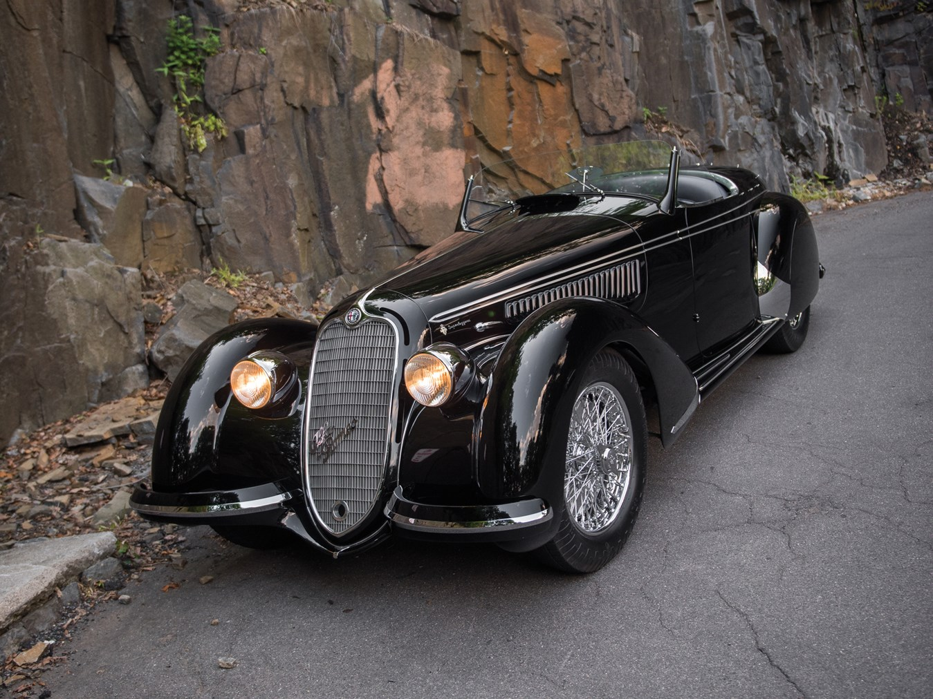 alfa romeo 8c 2900b lungo spider by touring heading to auction autoevolution. Black Bedroom Furniture Sets. Home Design Ideas