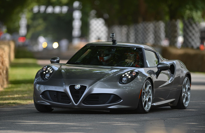 Alfa Romeo Confirms 4C Production Limited to 3,500 Units a Year