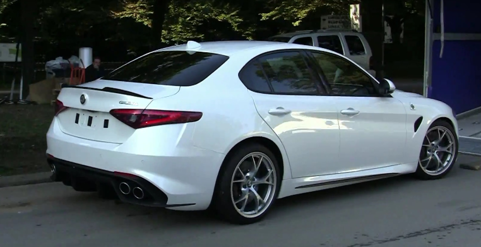 Alfa Romeo Giulia QV Cold Engine Start Reveals Maserati,Like