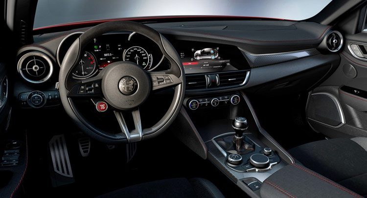 alfa romeo giulia qv interior leaked online it s just as beautiful as the exterior autoevolution. Black Bedroom Furniture Sets. Home Design Ideas
