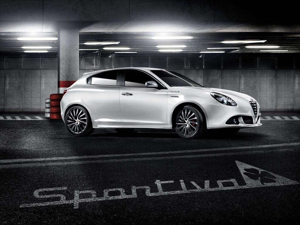 alfa romeo giulietta sportiva unveiled autoevolution. Black Bedroom Furniture Sets. Home Design Ideas
